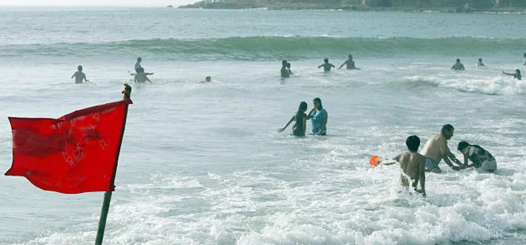 PlayaBanderaRoja